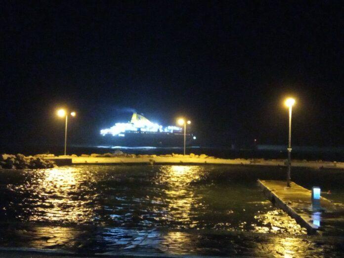 του Νήσος Μύκονος στο λιμάνι του Αγίου Κηρύκου 4